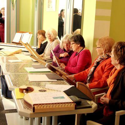 Bild vergrößern: Kultur-Café Veeh-Harfen